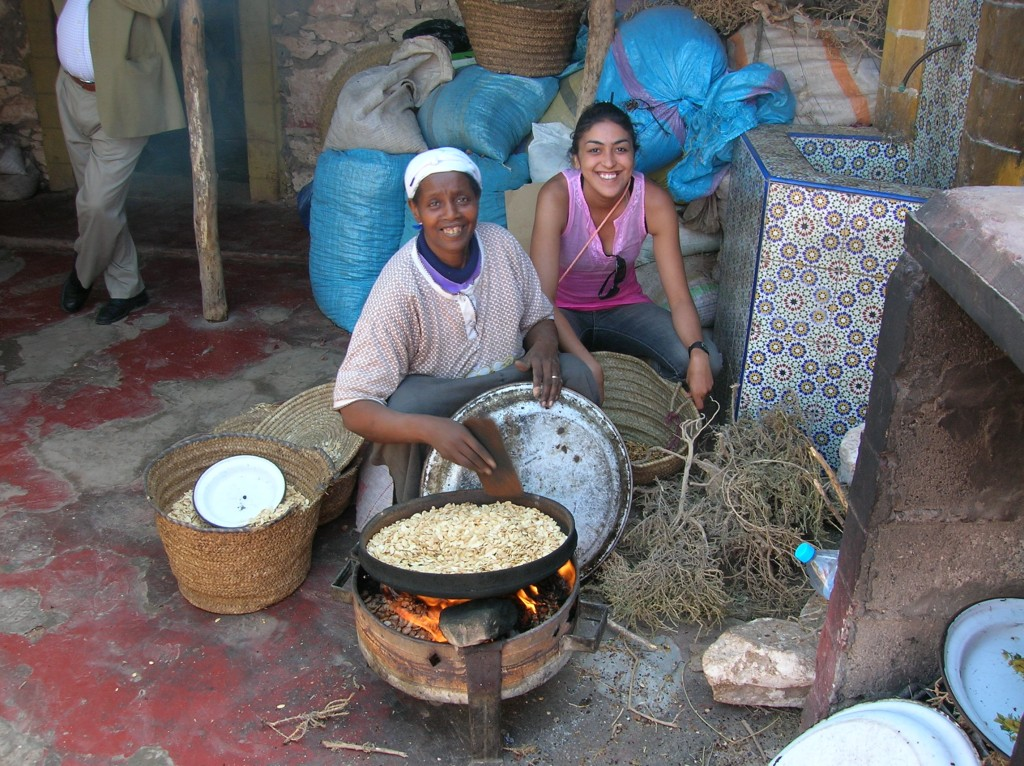 a l'atelier de l'huile d'argane Maroc
