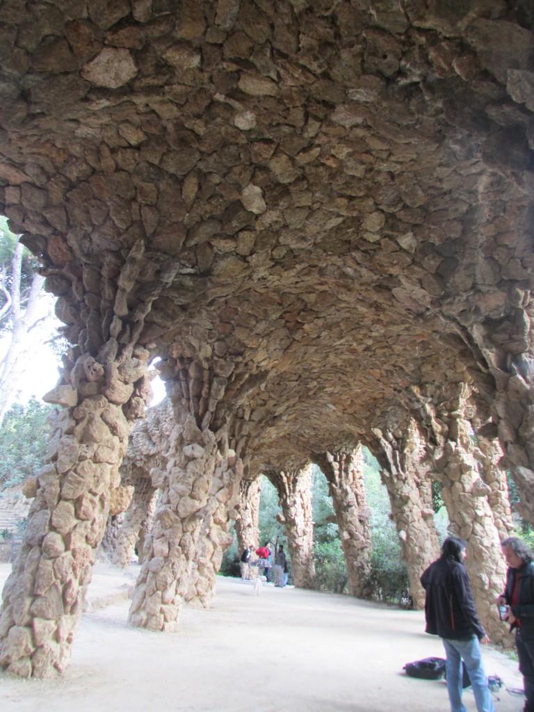 A l'interieur du parc Guell Barcelone © Touristissimo