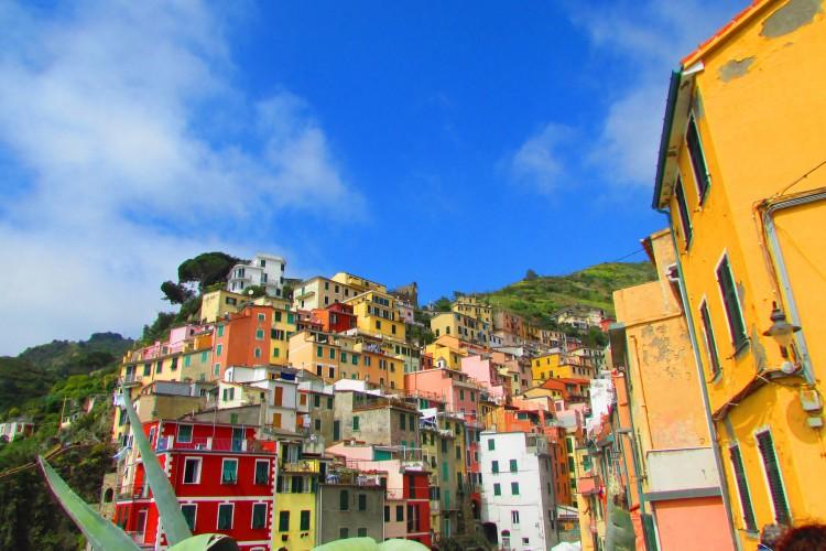 Le village coloré Riomaggiore Cinq terre Italie