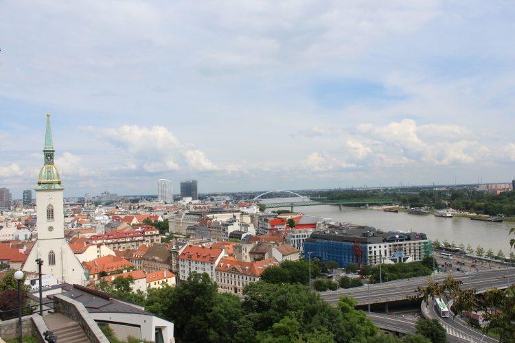 Bratislava vue sur le Danube