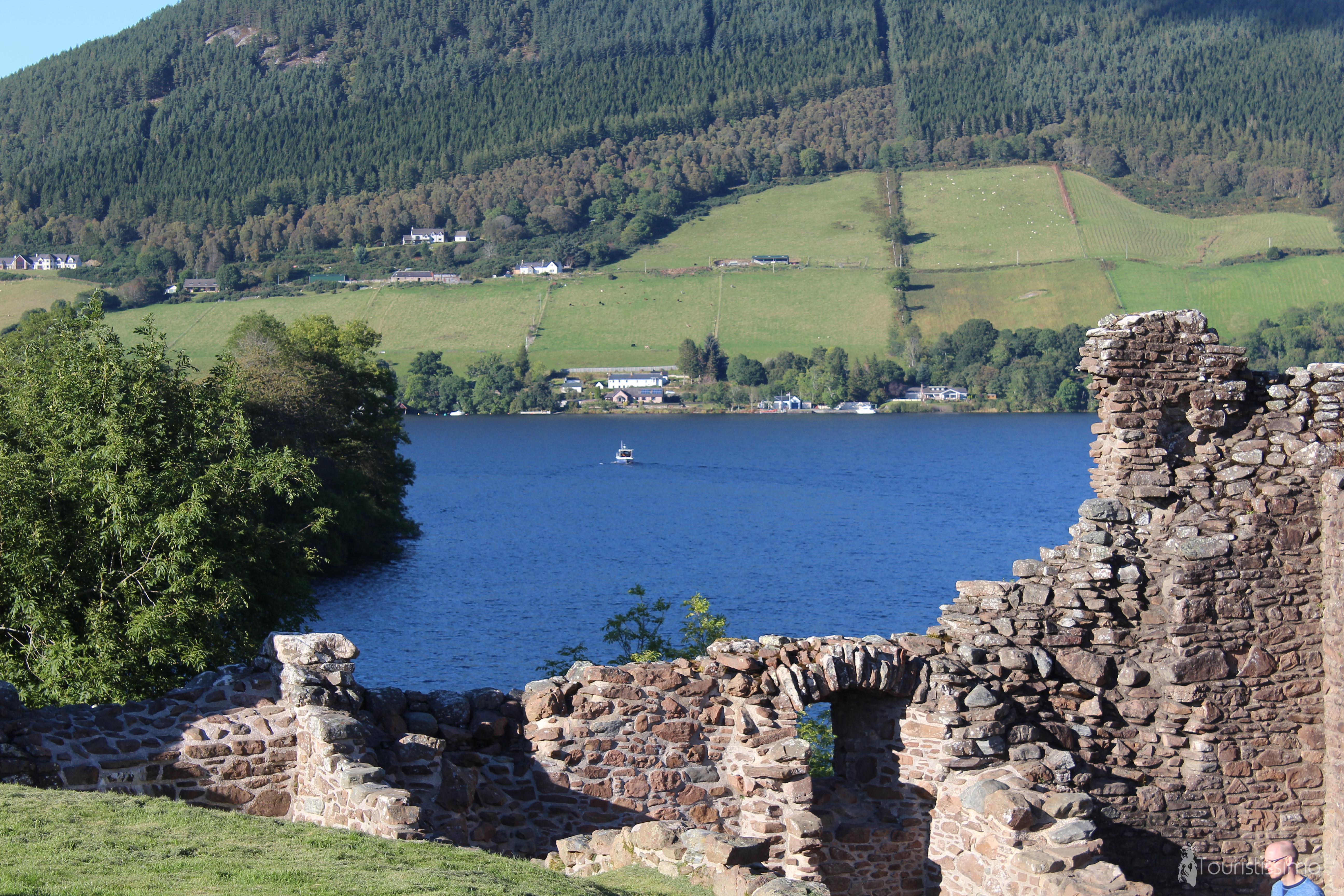 Le château Urquhart à Inverness en Ecosse