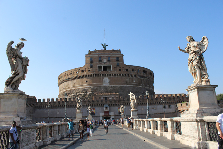 Le pont des anges à Rome